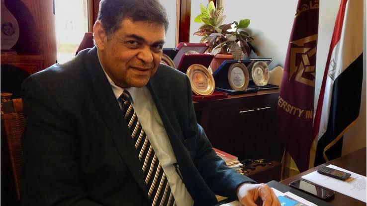 الدكتور أشرف حاتم، رئيس لجنة الشئون الصحية بمجلس النواب