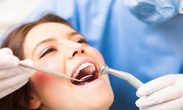 كليات طب الفم والأسنان