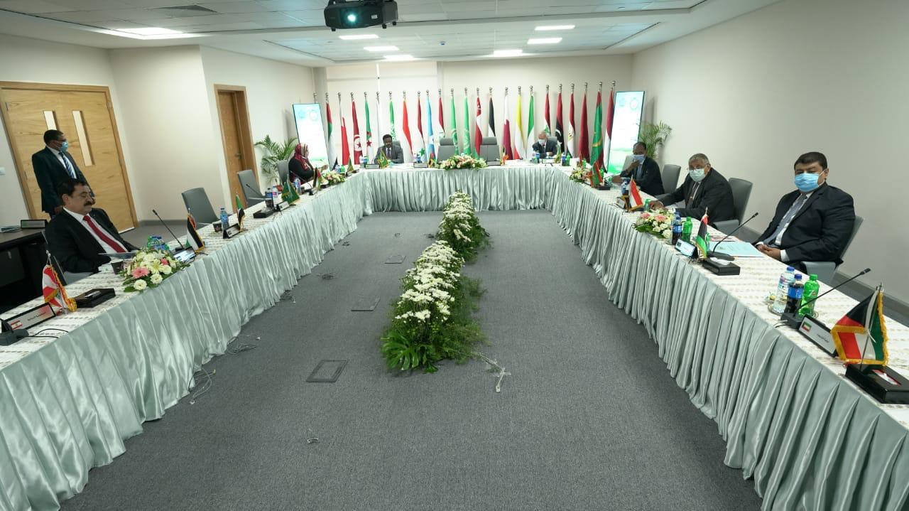 اجتمع المجلس التنفيذى لـ الأكاديمية العربية للعلوم والتكنولوجيا والنقل البحرى