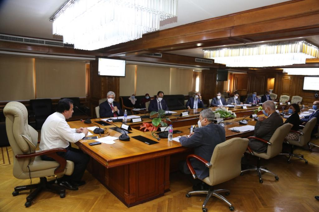 الاجتماع الأول للجنة التنفيذية للبعثات
