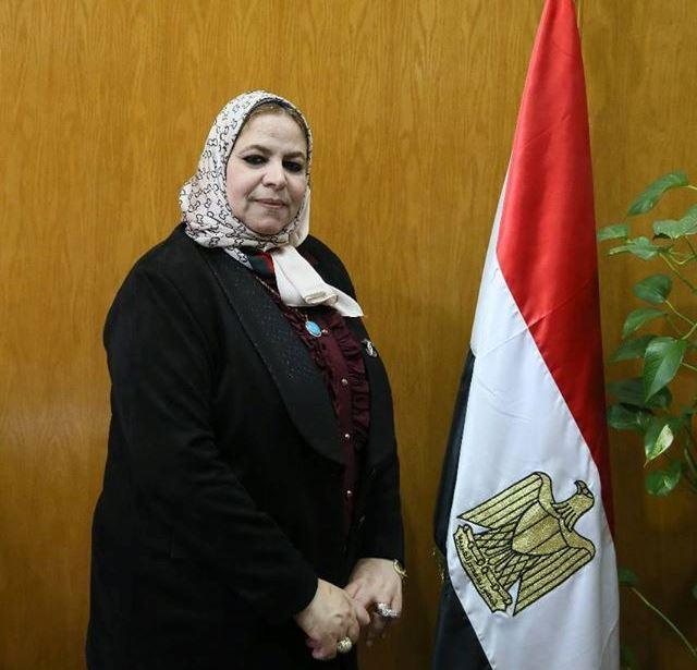سامية عبدالحميد أمين عام الجامعة