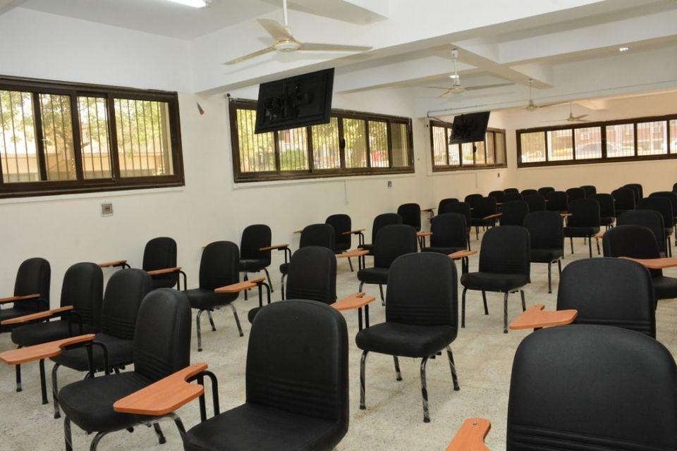 جامعة أسيوط تفتتح (صالة 16) للطلاب الجدد بالمصرية الأهلية للتعلم الإلكتروني