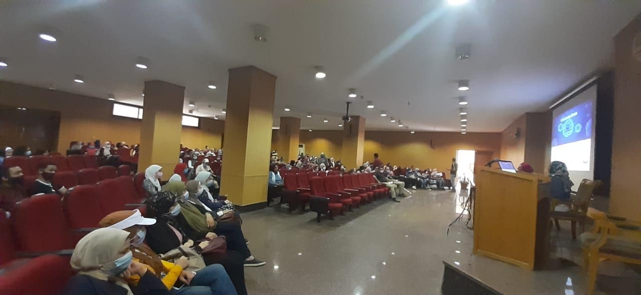 «ألسن عين شمس» تستضيف فريق وحدة مكافحة العدوى بمستشفيات الجامعة