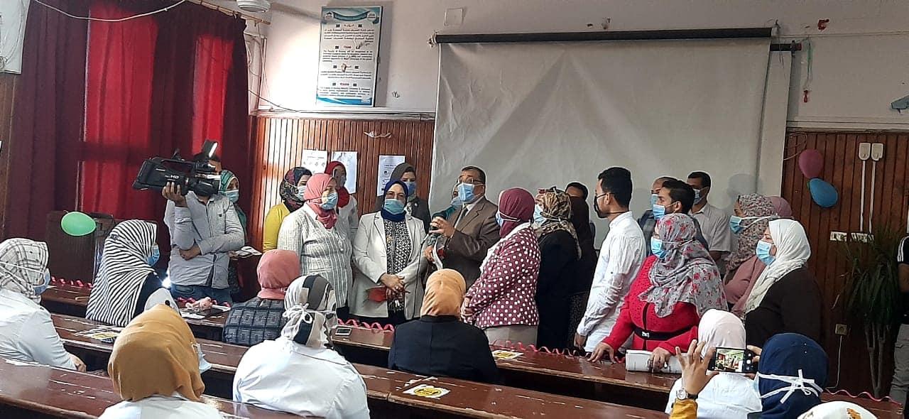 جامعة المنوفية تفتتح فعاليات الأسبوع الثقافي البيئي بكلية التمريض