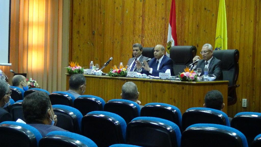 جامعة المنيا: الجامعة في صدارة الجامعات المصرية تطبيقاً للتعليم الهجين