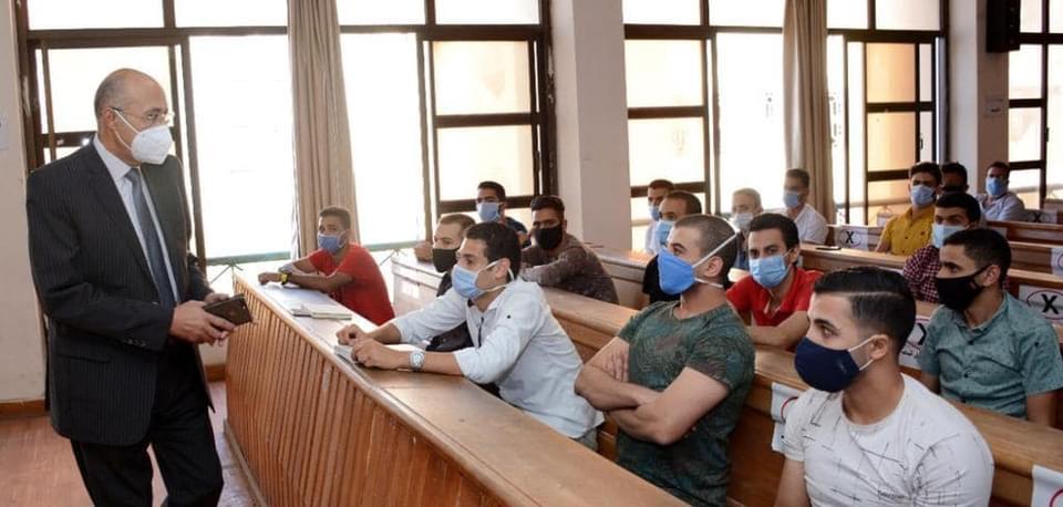 """جامعة طنطا: خطط احترازية لمواجهة """"كورونا"""" لوقاية 103 آلف طالب بالجامعة"""