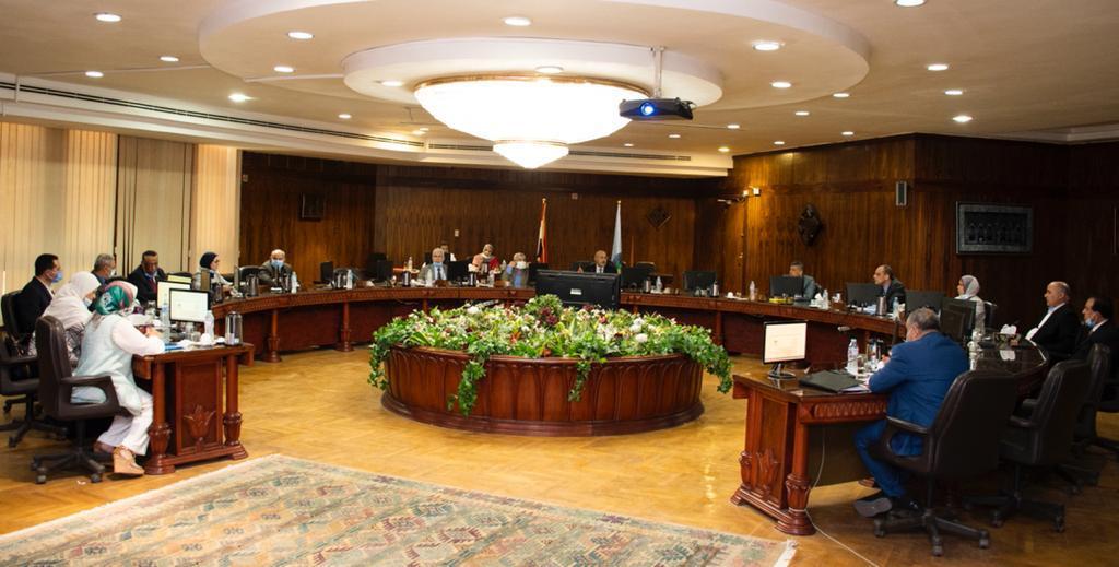 جامعة طنطا: ترقية 16 عضواً بهيئة التدريس وتعيين 8 مدرسين
