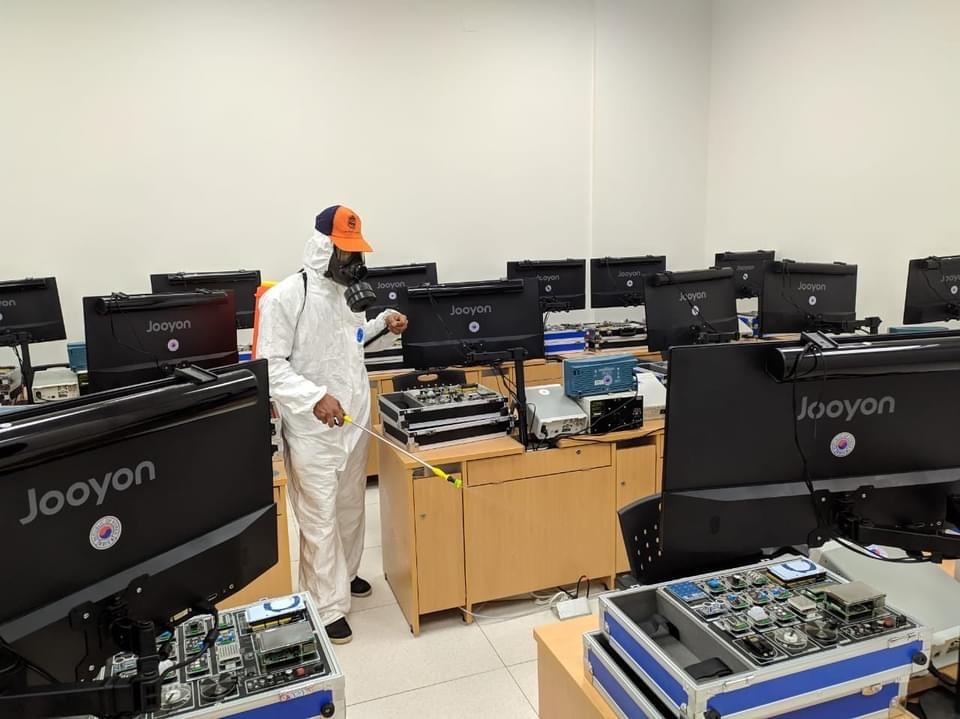 جامعة بنى سويف التكنولوجية تشدد على تطبيق الإجراءات الإحترازية