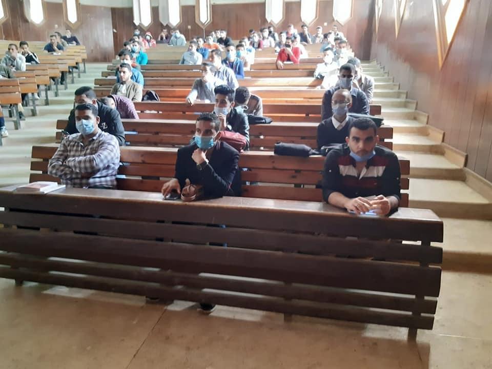 تكريم أوائل الطلاب بكلية الشريعة والقانون جامعة الأزهر بطنطا