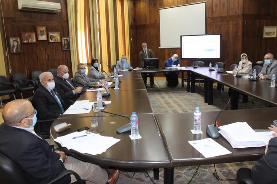 نائب رئيس جامعة طنطا: 465 وافدًا في مختلف التخصصات