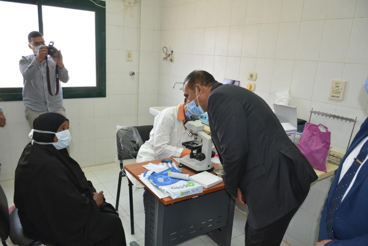 جامعة أسوان تنظم قافلة طبية لمدينة أسوان الجديدة بالتعاون مع وزارة الشباب والرياضة