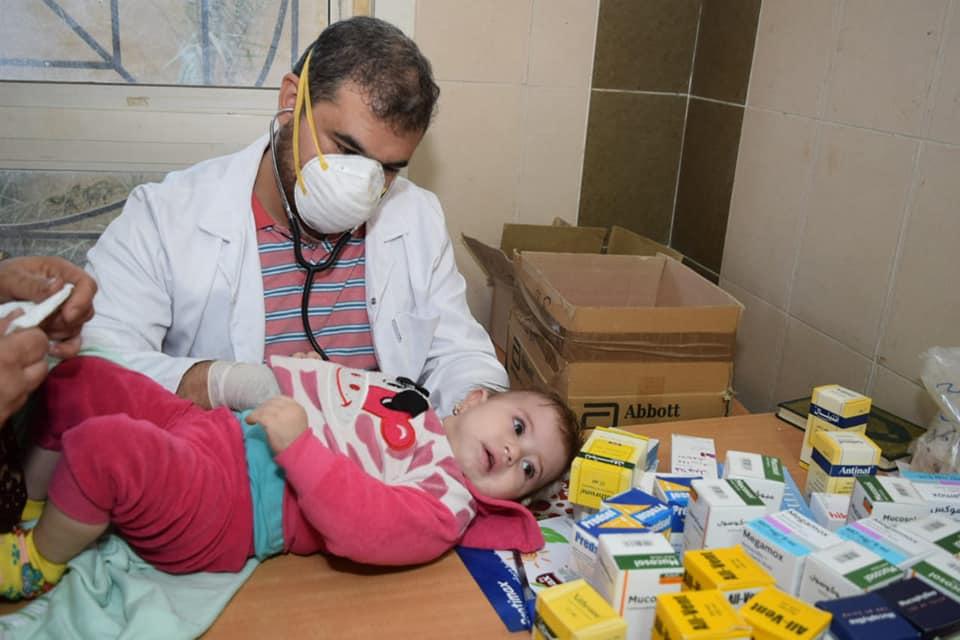 القوافل الطبية لجامعة المنوفية تجري الكشف الطبي على 900 حالة بالمحافظة