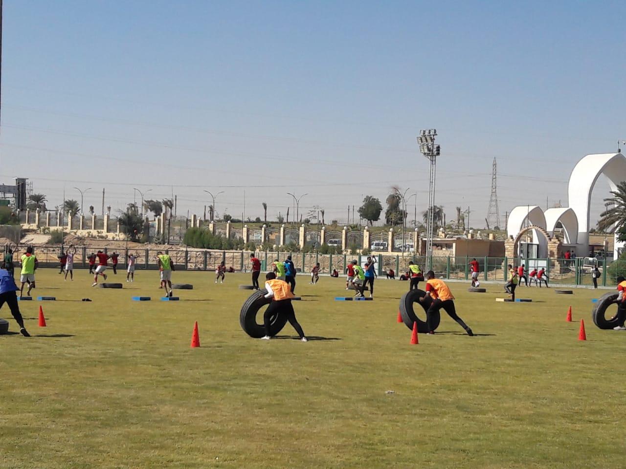 رئيس جامعة أسوان يشهد تدريبات اللياقة البدنية تحت شعار «الرياضة أمن قومي»