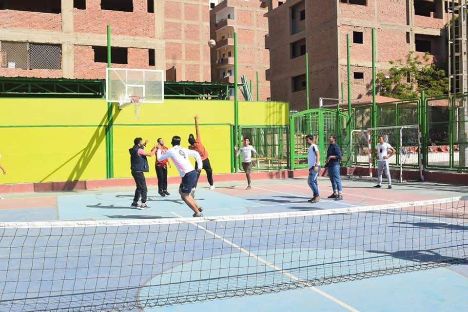 جامعة سوهاج تنفرد بتدريس مقرر اللياقة البدنية لطلاب الفرقة الأولى بكلياتها