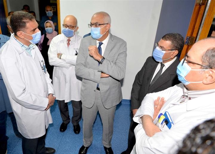 افتتاح تشغيل أحدث جهاز أشعة مقطعية بمركز الكلى والمسالك البولية بجامعة المنصورة