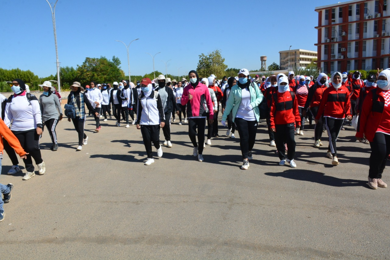 """رئيس جامعة أسوان: يوم رياضي للطالبات ضمن المبادرة الرئاسية """"الرياضة أمن قومي"""""""