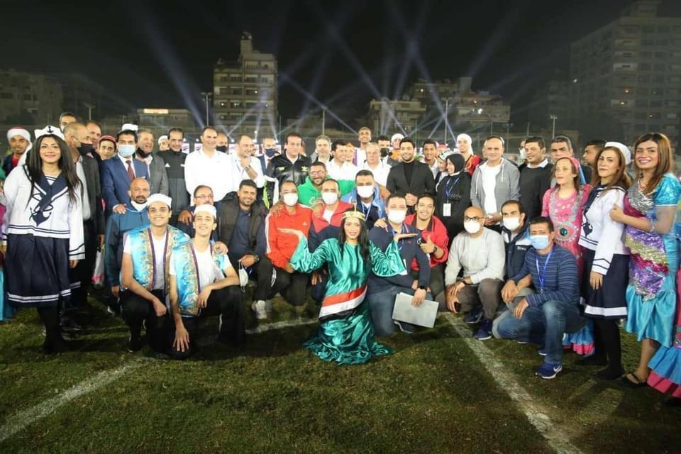 """وزراء الشباب والإنتاج الحربي والتعليم العالي يفتتحون دوري الوزارات الأول تحت شعار """"مصر أولا ..لا للتعصب"""""""