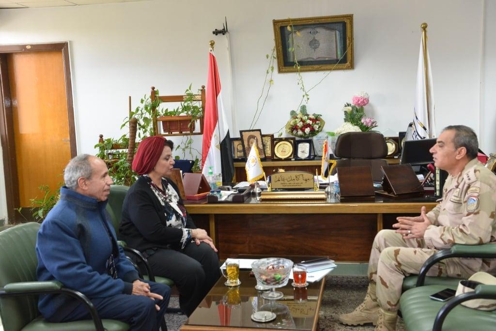 جامعة أسيوط تطلق قافلة شاملة دعماً للقرى الأكثر احتياجا بالمحافظة بالتعاون مع المنطقة الجنوبية العسكرية