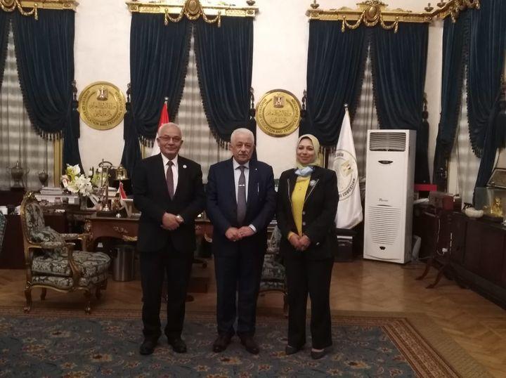 طارق شوقي: 3 قرارات وزارية بتغيير مناصب قيادية بالوزارة