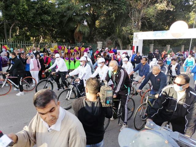 بماراثون دراجات..الإسكندرية الأزهرية تشارك في اليوم العالمي لمكافحة الفساد