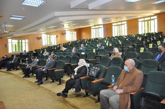 رئيس جامعة كفرالشيخ: النشر الدولي ركيزة أساسية لتحسين وضع الجامعة في التصنيفات الدولية
