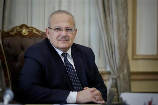 بالورقة والقلم .. كشف حساب جامعة القاهرة لأعضاء هيئة التدريس بالمستشفيات