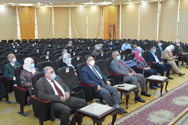 جامعة الفيوم: إنشاء وحدة لمتابعة المبعوثين