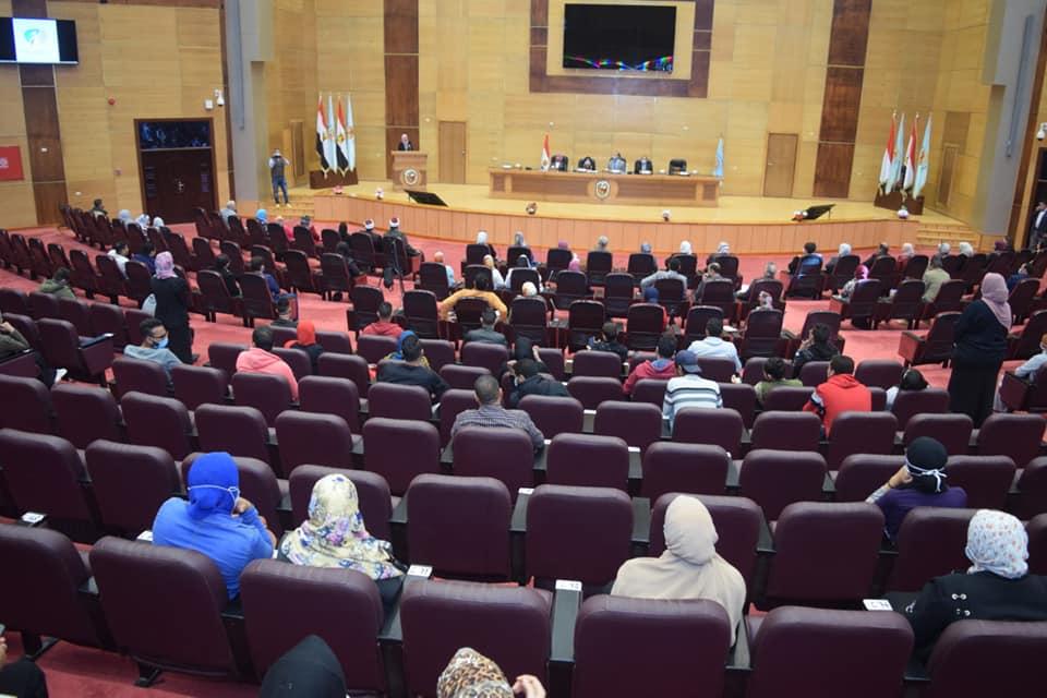جامعة سوهاج تختتم فاعليات الـ١٦يوم لمناهضة العنف ضد المرأة