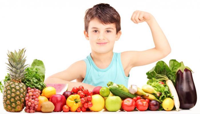 التغذية المناسب لتقوية مناعة طفلك وحمايته من الكورونا
