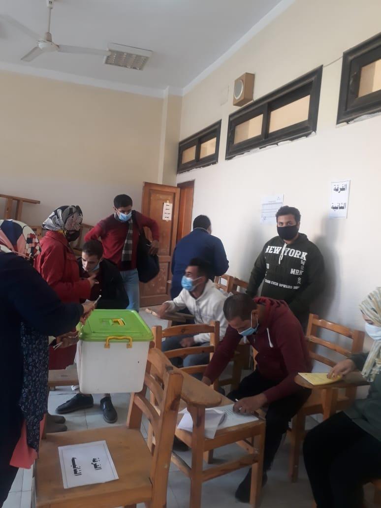 إجراء الانتخابات الطلابية فى 4 كليات بجامعة بنها وحسمها فى 12 كلية