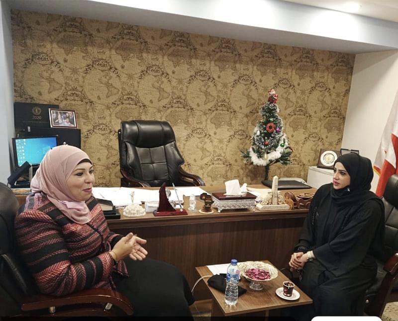 المستشار الثقافي البحريني يبحث مع التعليم العالي زيادة المنح ومشكلات الإقامة