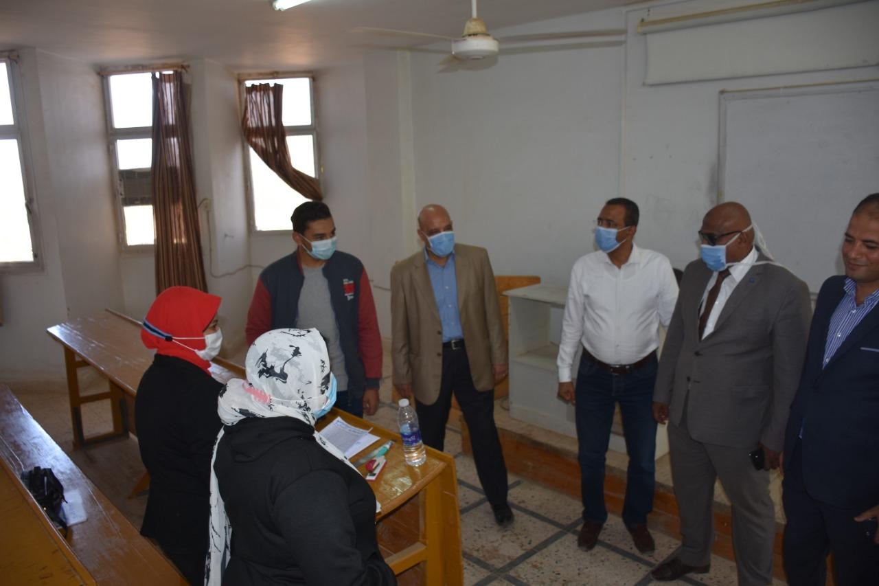 رئيس جامعة أسوان: تطبيق الإجراءات الاحترازية خلال انتخابات اتحاد الطلاب