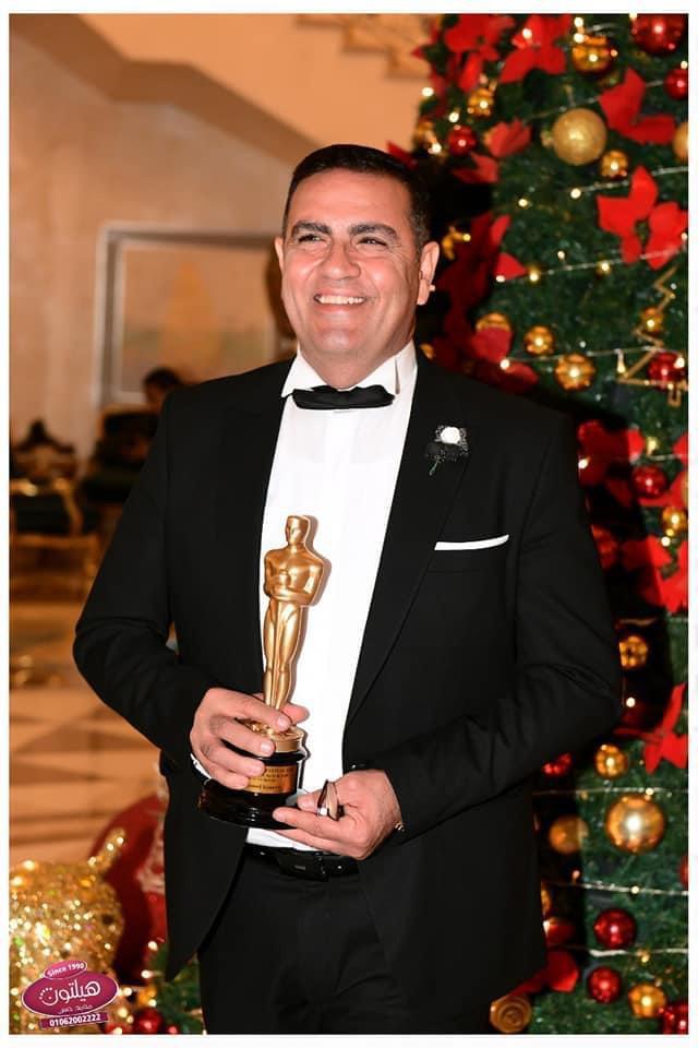 القناوى يفوز بجائزة أفضل طبيب أسنان في الوطن العربى ل 2020