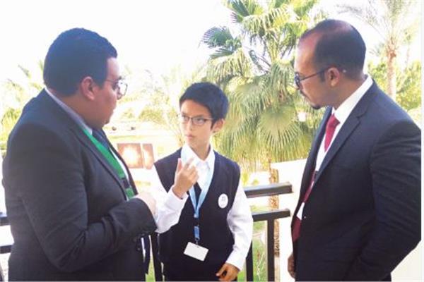 الطفل احمد الزناتى ومشروع تطوير التعليم
