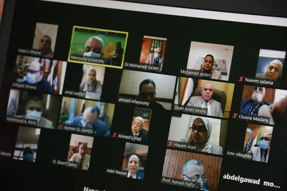 رئيس جامعة المنوفية: مناقشة الرسائل العلمية بحضور أقل من 10 أشخاص