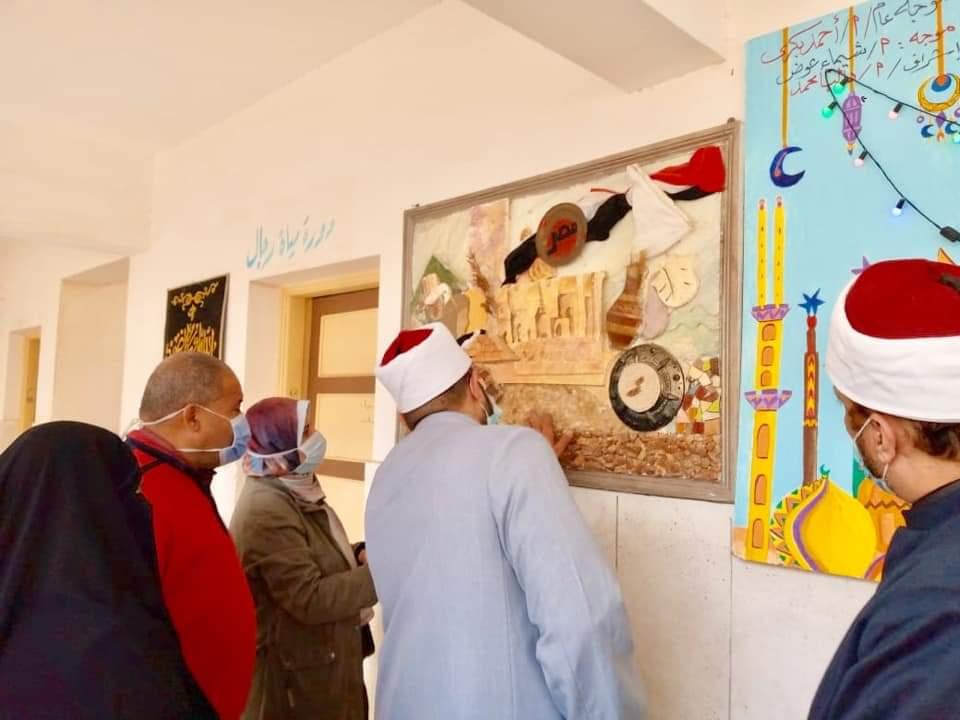 الوكيل الشرعي للإسكندرية يتفقد الورش الفنية لمعاهد برج العرب
