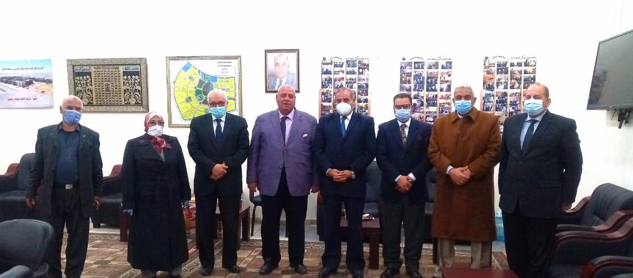 المحرصاوي ونادي أعضاء هيئة التدريس : نتعاون جميعاً لرفعة الجامعة