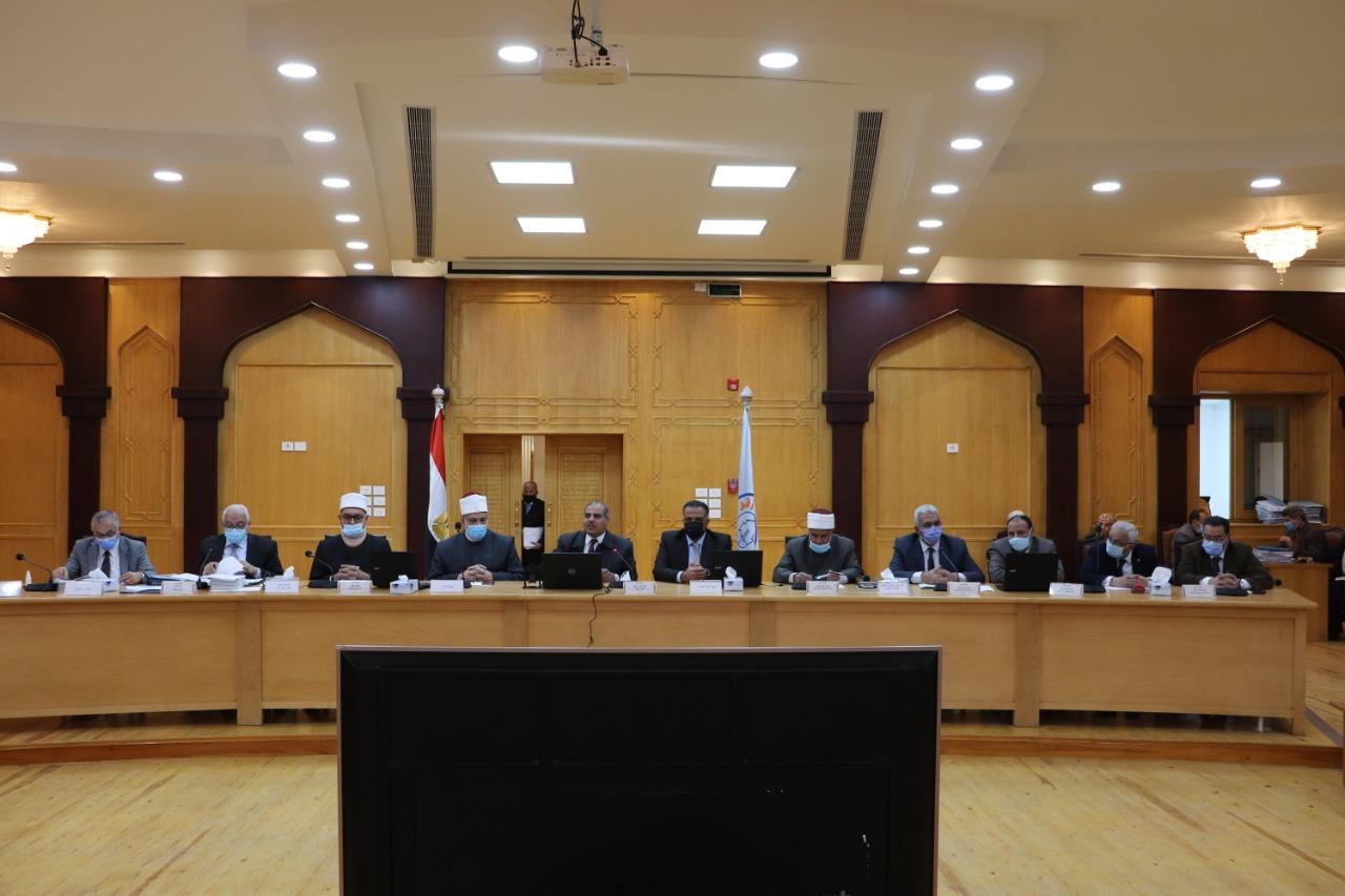 مجلس جامعة الأزهر يدعو الكليات للاحتفال بيوم الأخوة الإنسانية