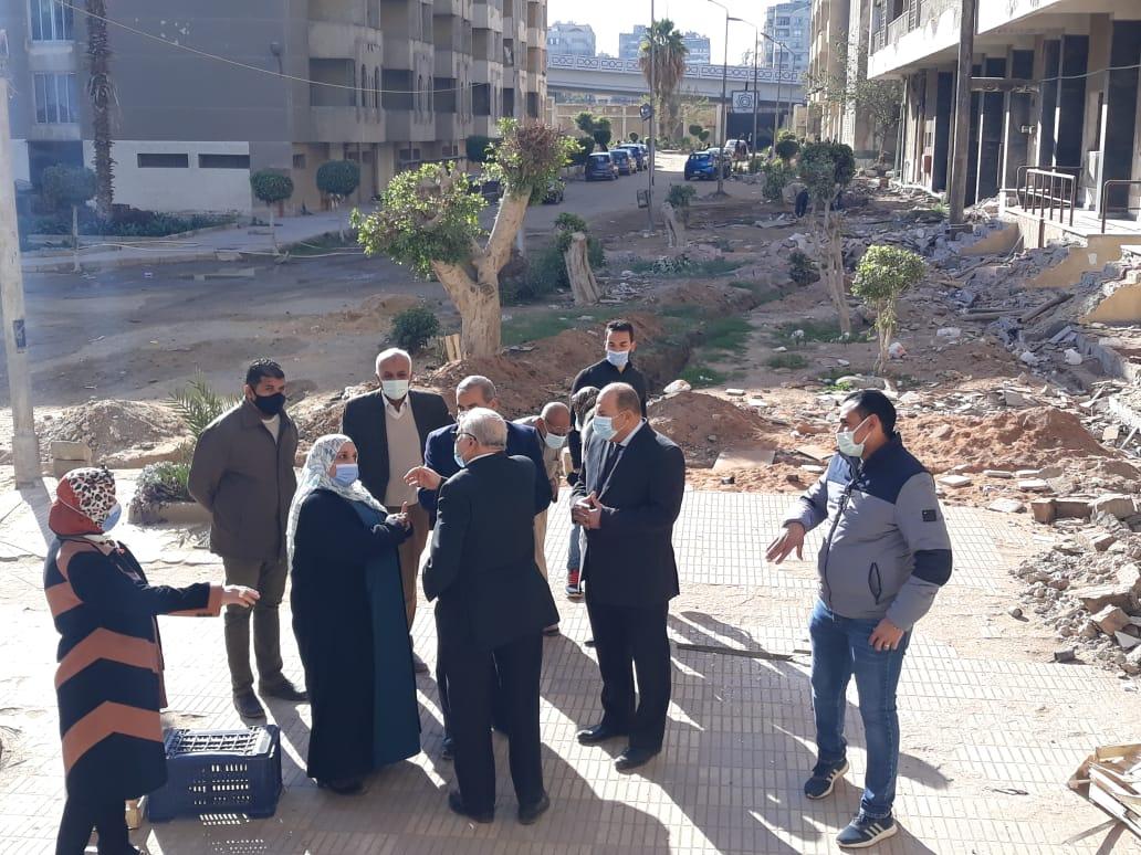 رئيس جامعة الأزهر يتفقد المدن الجامعية ويطالب بسرعة الانتهاء من أعمال الصيانة اللازمة بها