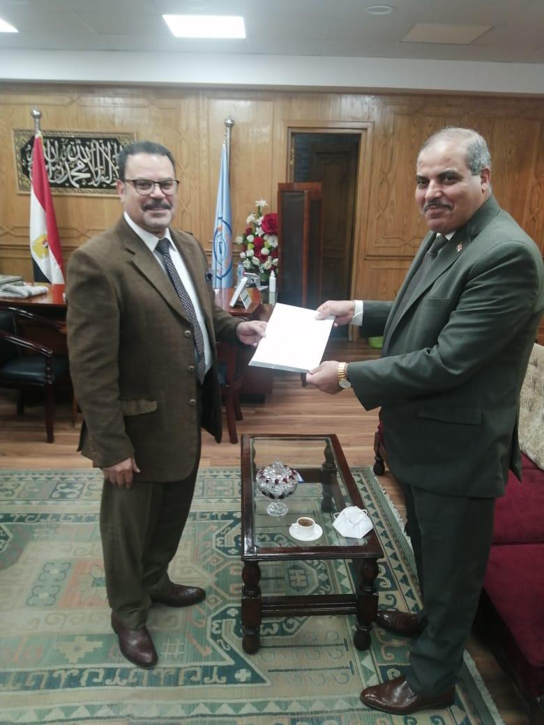 """""""الشربيني"""" نائبًا لرئيس جامعة الأزهر بعد موافقة رئيس مجلس الوزراء"""
