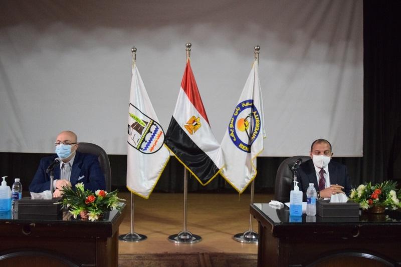جامعة بني سويف: خطة لتوعية القطاع الطبي بلقاح كورونا وأهميته وفوائده