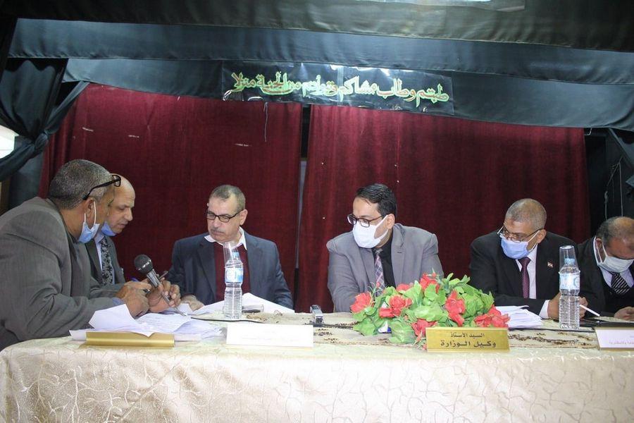 تعليم الغربية: عقد لجان المقابلات الشخصية للمرشحين للعمل كرؤساء لجان