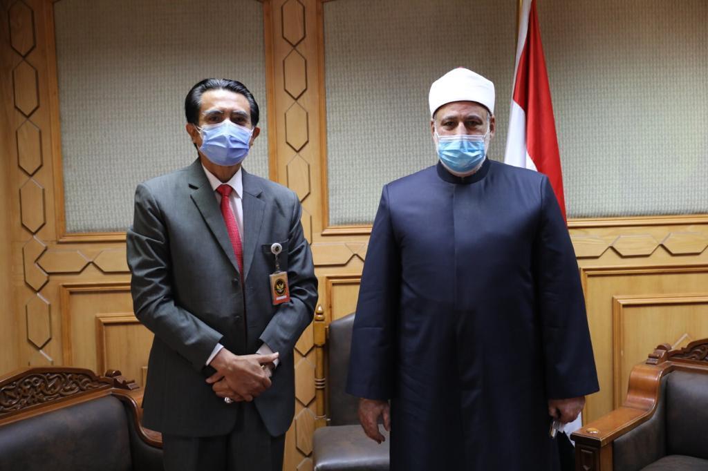 وكيل الأزهر يستقبل السفير الإندونيسي بالقاهرة لبحث سبل تعزيز التعاون