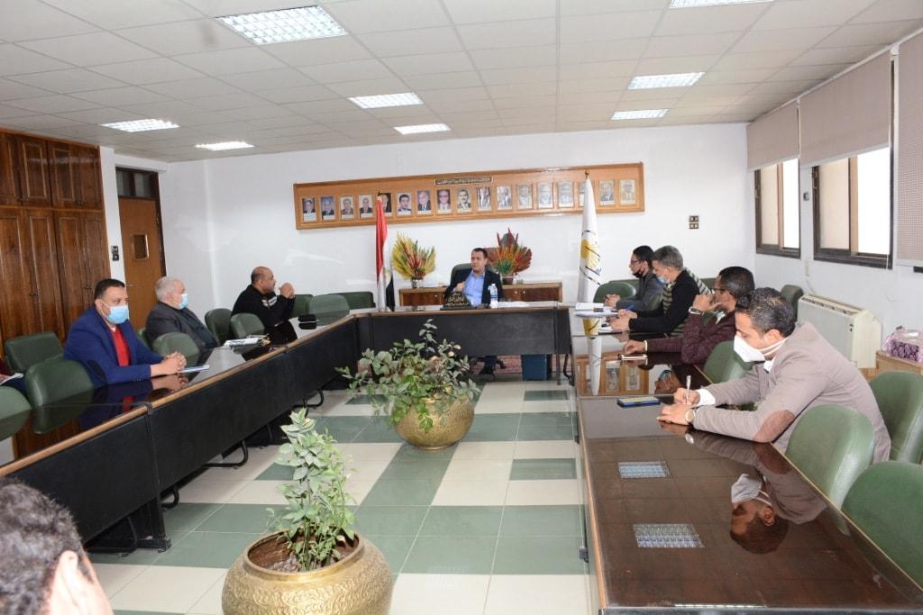 جامعة أسيوط تعلن اتخاذها كافة الإجراءات الاحترازية استعدادًا للامتحانات