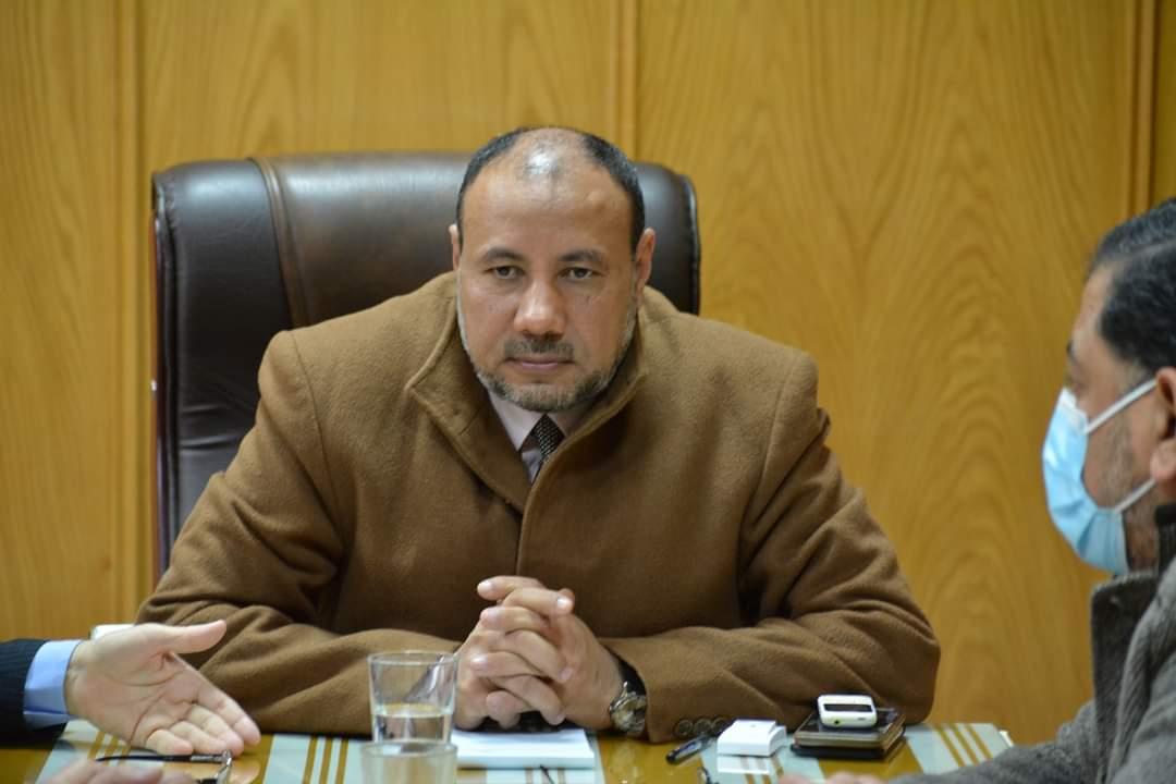 نائب رئيس جامعة الأزهر يجتمع بعميدي كلية الطب البشري وطب الأسنان