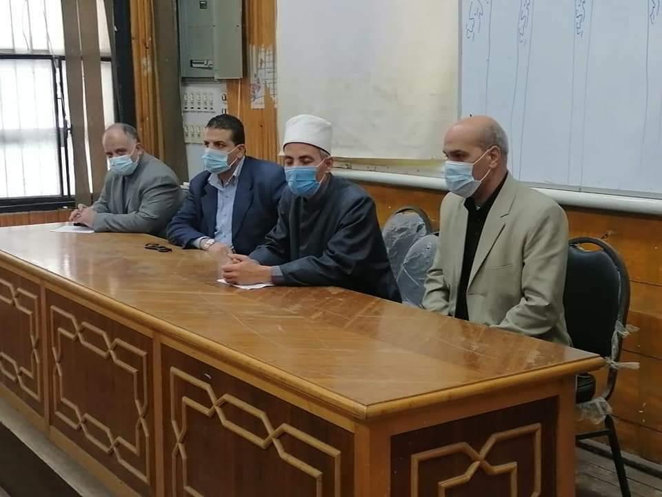 رئيس منطقة القليوبية الأزهرية يعقد اجتماعا لمناقشة آخر استعدادات الامتحانات