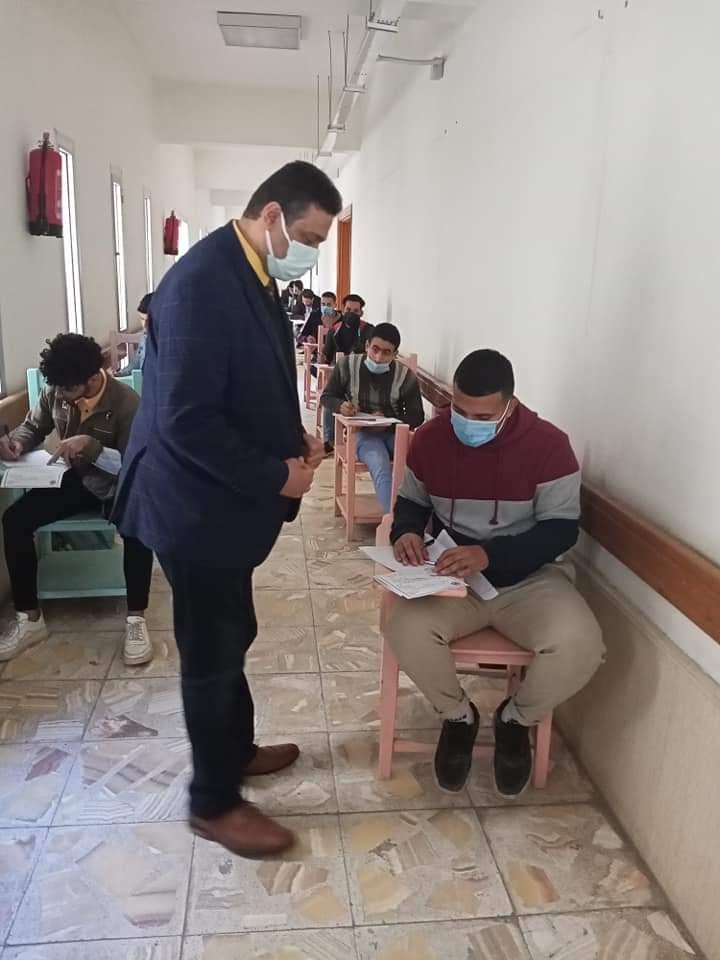 «في أول يوم امتحان» إعلام الأزهر تستقبل طلابها وسط إجراءات احترازية مشددة