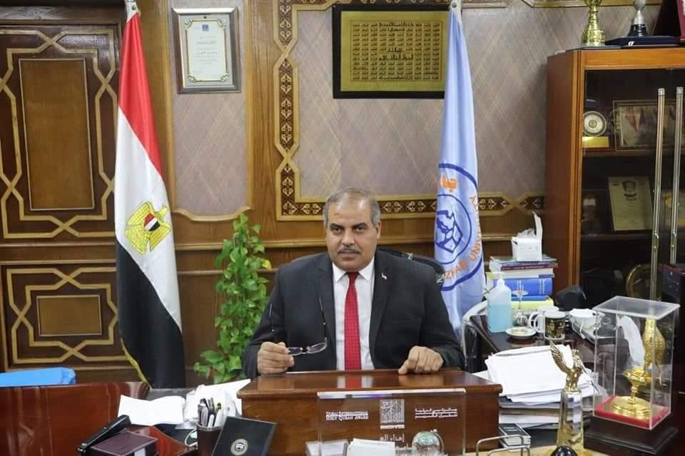 رئيس جامعة الأزهر يتابع حالة الطالبة التي تعرضت لحادث بالإسكندرية