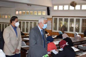 «مبارك» يتابع بدء امتحانات الفصل الدراسي الأول بجامعة المنوفية