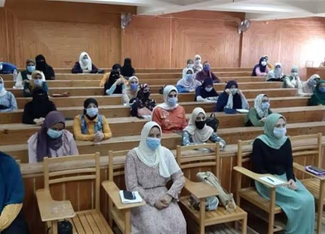 انطلاق امتحانات الفصل الدراسي الأول بجامعة كفرالشيخ
